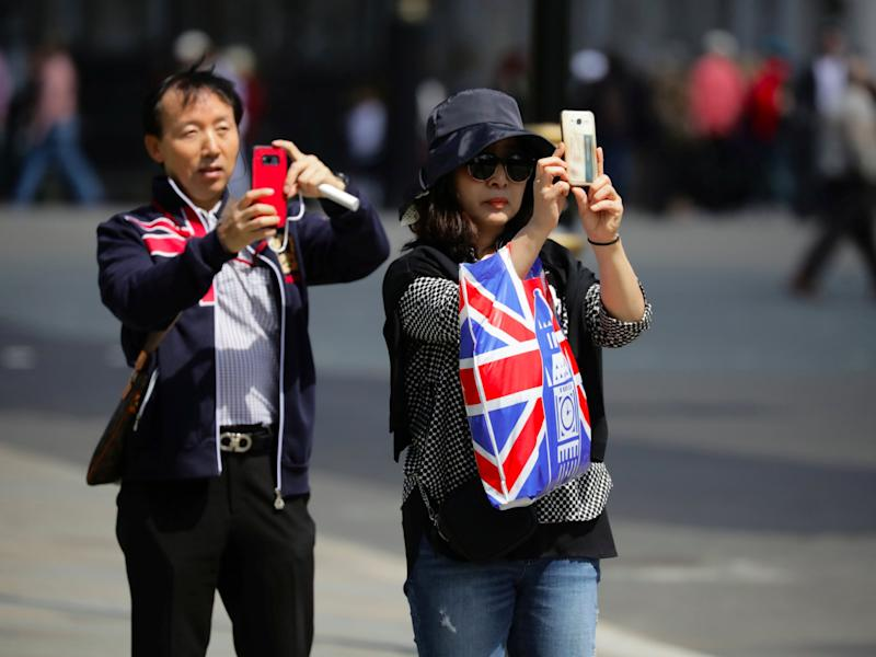 Overseas visitors flock to United Kingdom  as weak pound lowers prices