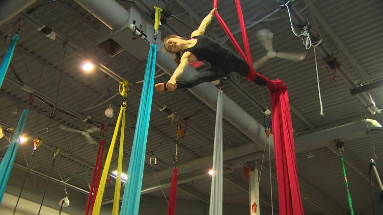 Young Winnipeggers running away to join renowned circus school