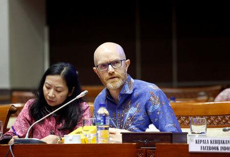 Facebook's Asia Pacific vice-president for public policy Simon Milner, speaks at a public hearing and meeting at the Indonesian parliament on issues ranging from data protection to the oversight of content by the social media giant in Jakarta, Indonesia, April 17, 2018. REUTERS/Willy Kurniawan