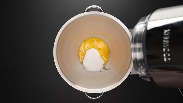 Egg yolks and sugar in Kenwood Chef XL Titanium stand mixer