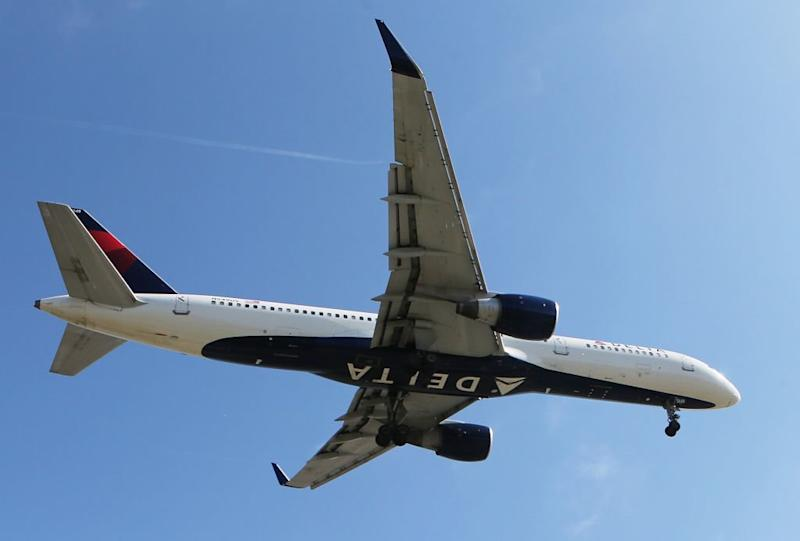 Delta Pilots Who Dumped Fuel That Fell On a School Didn't Tell Controllers Before the Maneuver
