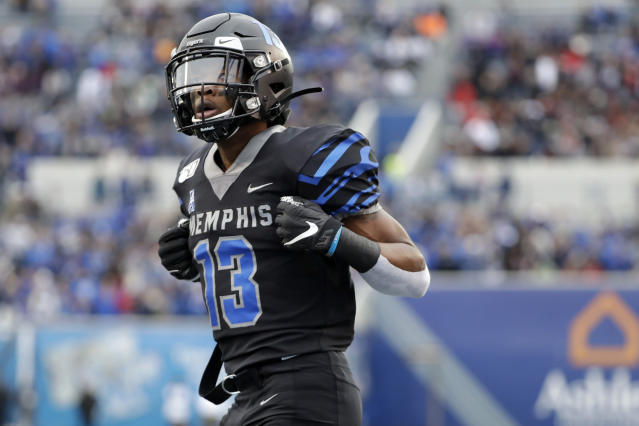 Memphis wide receiver Kedarian Jones celebrates after scoring a touchdown against Cincinnati in the first half of an NCAA college football game Friday, Nov. 29, 2019, in Memphis, Tenn. (AP Photo/Mark Humphrey)