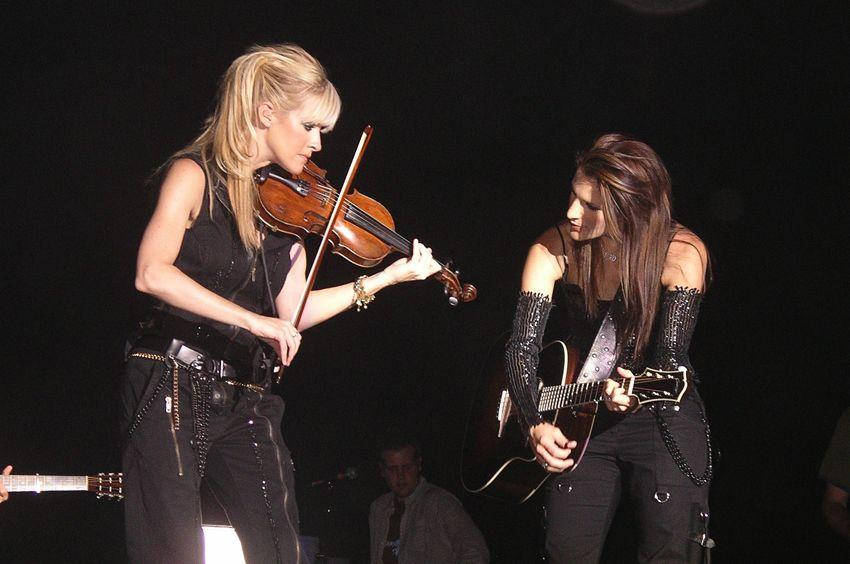 Martie Maguire and Emily Robinson of the Dixie Chicks