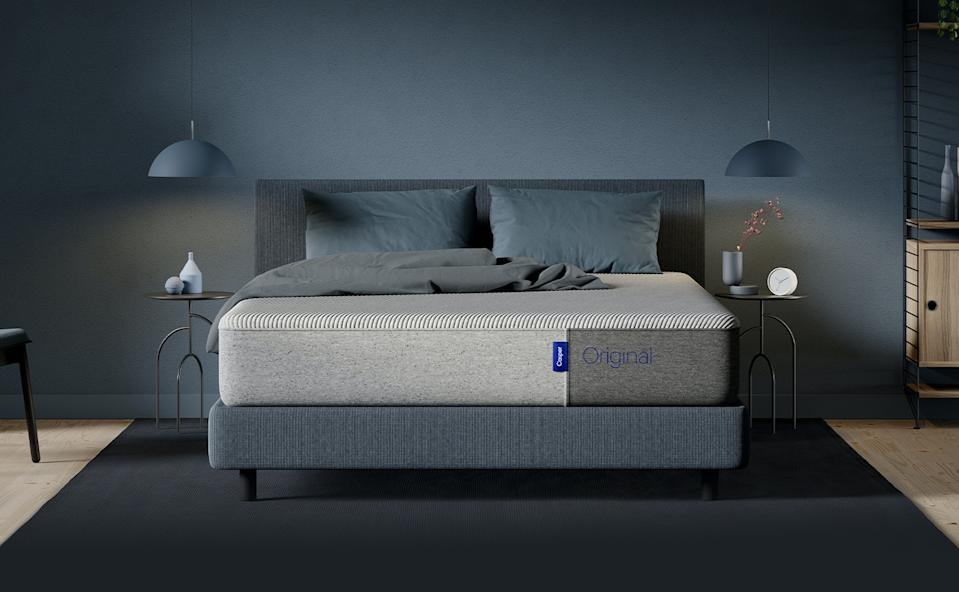 Save up to 15% on Casper mattresses and accessories - just in time for Daylight Saving. Image via Casper.