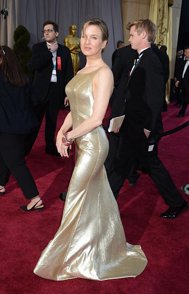 Renee Zellweger arrives at the Oscars in Hollywood, California, on February 24, 2013.