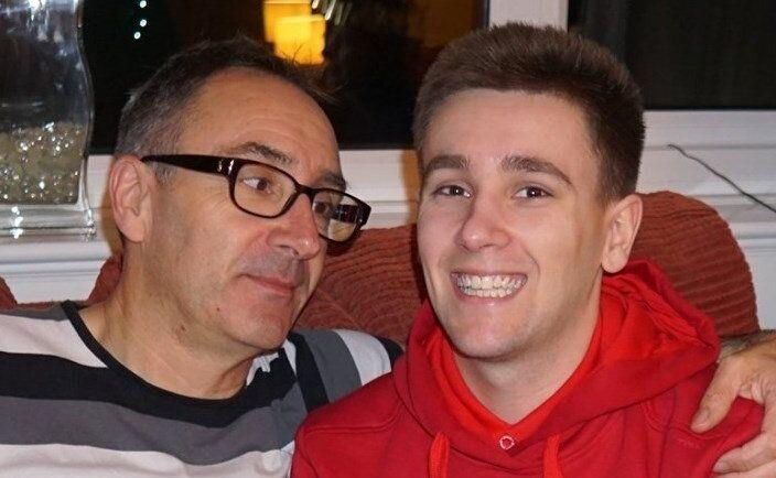 Louis O'Neill e il padre (Photo: facebook)