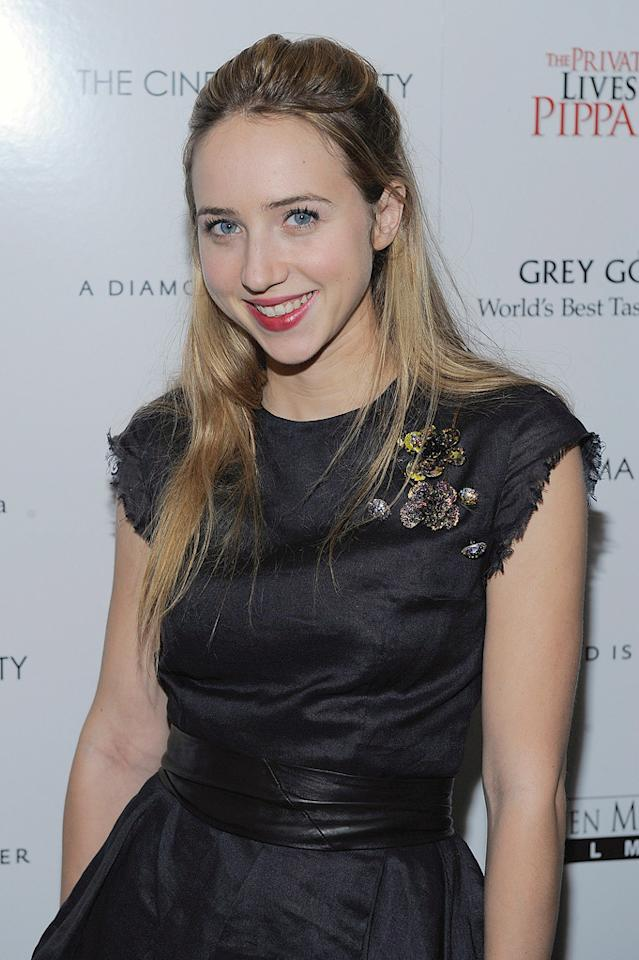 "<a href=""http://movies.yahoo.com/movie/contributor/1809856324"">Zoe Kazan</a> at the New York City Cinema Society screening of <a href=""http://movies.yahoo.com/movie/1810025242/info"">The Private Lives of Pippa Lee</a> - 11/15/2009"