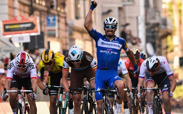 Julian Alaphilippe wins Milan-Sanremo ahead of Oliver Naesen and Michal Kwiatkowski - AFP or licensors