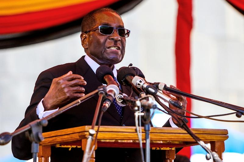 Zimbabwe's President, Robert Mugabe, in power since 1980, has faced a groundswell of opposition and calls to step down in recent months as the country's moribund economy collapses (AFP Photo/Jekesai Njikizana)
