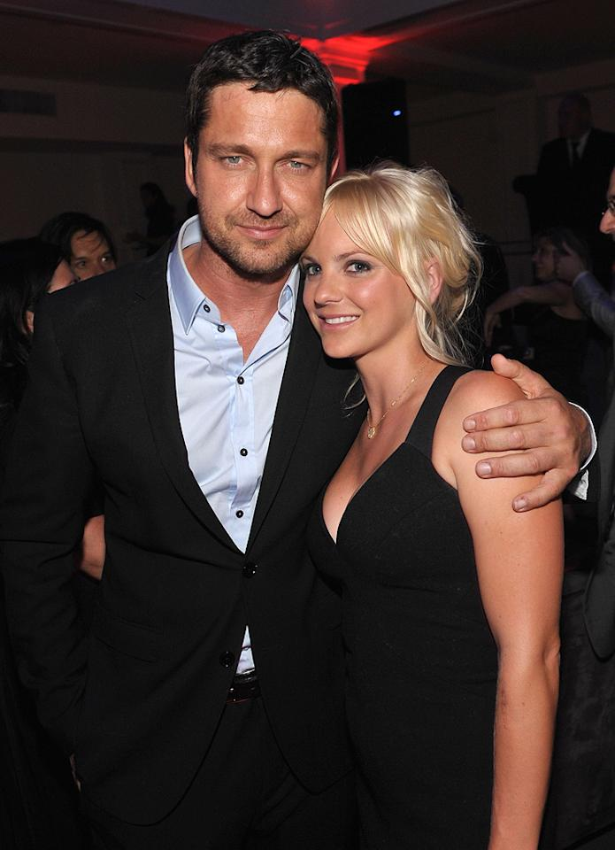 "<a href=""http://movies.yahoo.com/movie/contributor/1803248911"">Gerard Butler</a> and <a href=""http://movies.yahoo.com/movie/contributor/1800506130"">Anna Faris</a> at the Los Angeles premiere of <a href=""http://movies.yahoo.com/movie/1810021980/info"">The Ugly Truth</a> - 07/16/2009"