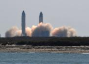 The SpaceX launches Starship SN9 for a test flight from its facilities in Boca Chica