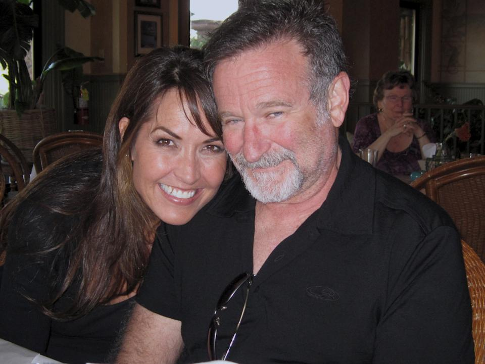The late comedian Robin Williams and his wife, Susan Schneider Williams, who now works to spread awareness of Lewy body dementia (Vertical Entertainment)