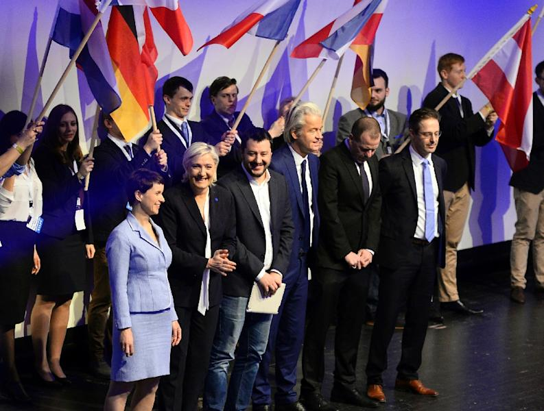 (L-R) Frauke Petry of the anti-immigration Alternative for Germany (AfD), French National Front (FN) leader Marine Le Pen, Matteo Salvini of Italy's Northern League and Geert Wilders of the Dutch Freedom Party in Koblenz, Germany on January 21, 2017 (AFP Photo/ROBERTO PFEIL)