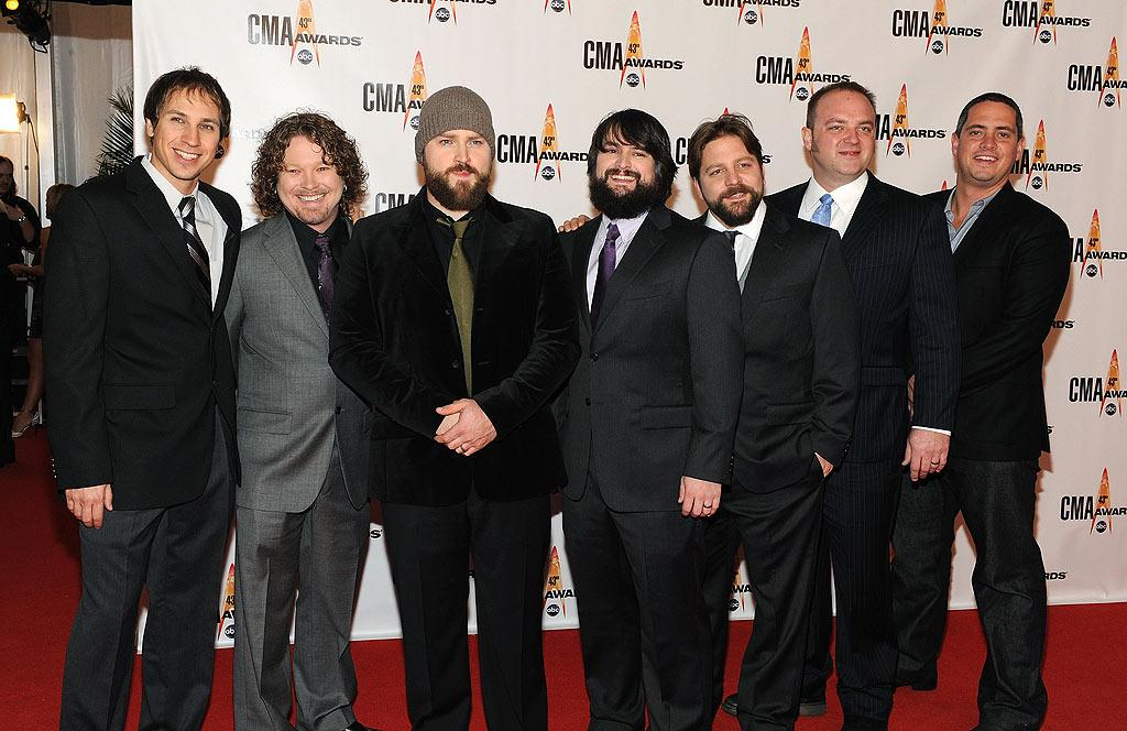 """Zac Brown Band  Grade: D+  The bearded band from Hotlanta did their best to clean up for the soiree, where they received four nominations and performed one of their many hits. Frederick Breedon/<a href=""""http://www.gettyimages.com/"""" target=""""new"""">GettyImages.com</a> - November 11, 2009"""