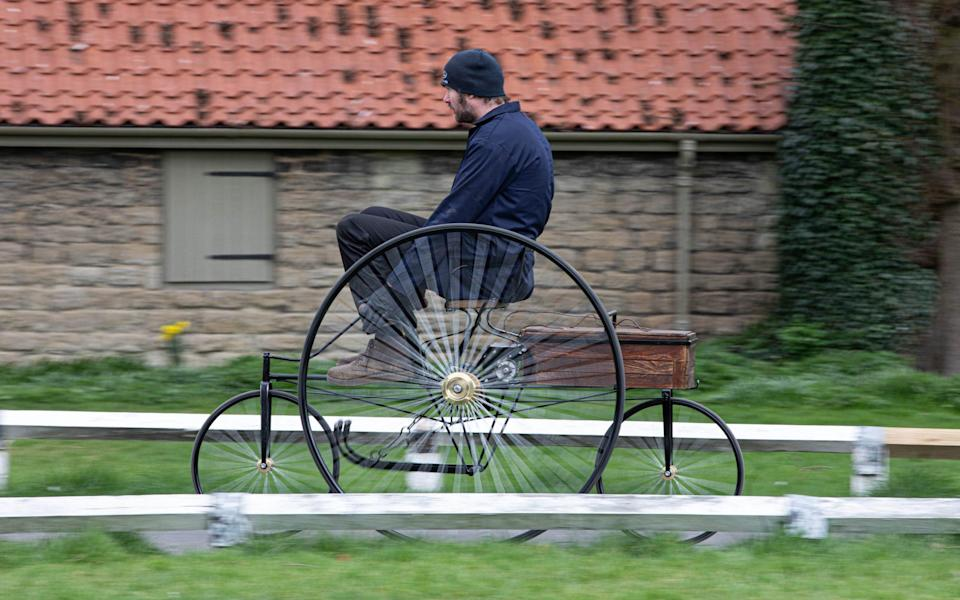 replica of Gustave Trouvé's rechargeable electric vehicle of 1881 - Marc Bow