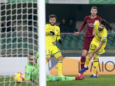 Serie A: Roma punish bottom-placed Chievo to leapfrog city rivals Lazio into fourth position