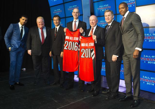 (L-R) Following an announcement that the Toronto Raptors will host the 2016 NBA All-Star game, rapper Drake, Toronto Mayor Rob Ford, Minister of Sport Michael Chan, deputy NBA commissioner Adam Silver, chairman of Maple Leaf Sports & Entertainment Larry Tanenbaum, President and CEO of Maple Leaf Sports and Entertainment Tim Leiweke, and Toronto Raptors general manager Masai Ujiri pose for a photo in Toronto, September 30, 2013. Toronto was selected as the host of the National Basketball Association's (NBA) 2016 All-Star Game, marking the first time the showcase event will be held outside of the United States, the league said on Monday. REUTERS/Mark Blinch (CANADA - Tags: SPORT BASKETBALL)