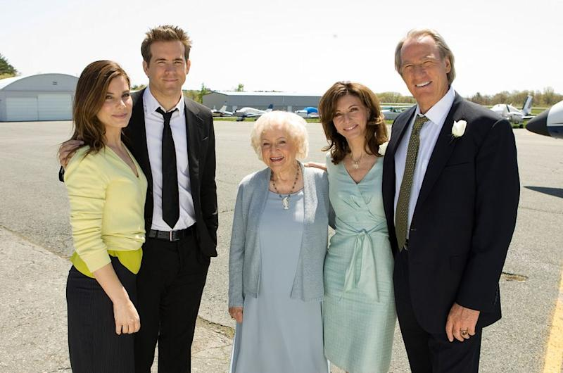 From L to R: Sandra Bullock, Ryan Reynolds, Betty White, Mary Steenburgen and Craig T. Nelson in The Proposal | Kerry Hayes/Walt Disney Studios Motion Pictures/Courtesy Everett