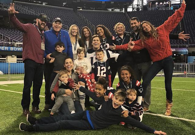Tom Brady happily surrounded by his family the day before his Patriots take on the Eagles in Super Bowl LII. (Instagram/@tombrady)
