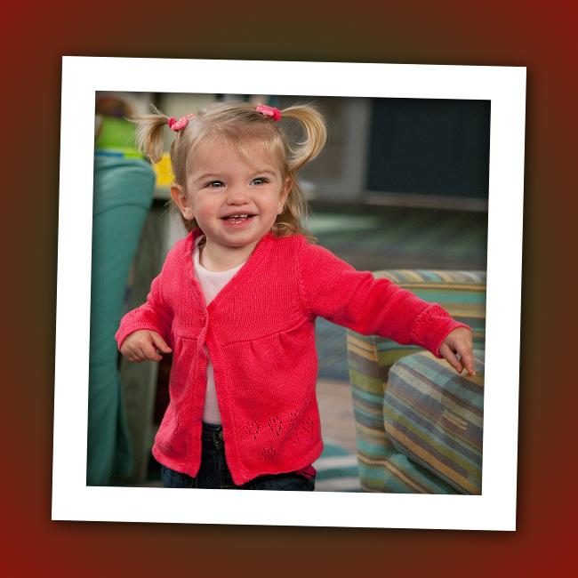 "It's 2-year-old Mia Talerico, the title character of Disney Channel's ""<a href=""http://tv.yahoo.com/good-luck-charlie/show/45316"" rel=""nofollow"">Good Luck Charlie</a>."""