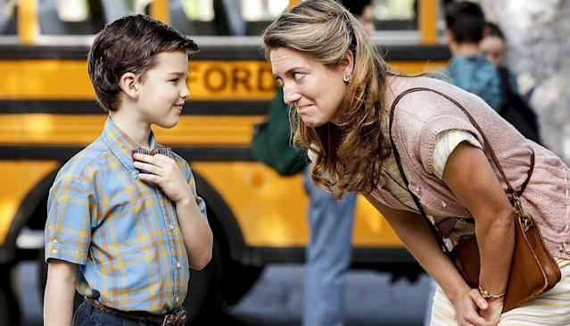 Iain Armitage as Sheldon Cooper and Zoe Perry as Mary Cooper in CBS's <em>Young Sheldon.</em> (Photo: CBS)