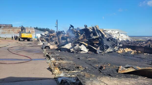 A smokehouse fire was the largest of several that took place overnight in the southeast of the province. (Jérémie Tessier-Vigneault/Radio-Canada - image credit)