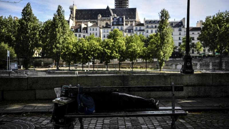 Study finds 40 percent of homeless in greater Paris test positive for Covid-19