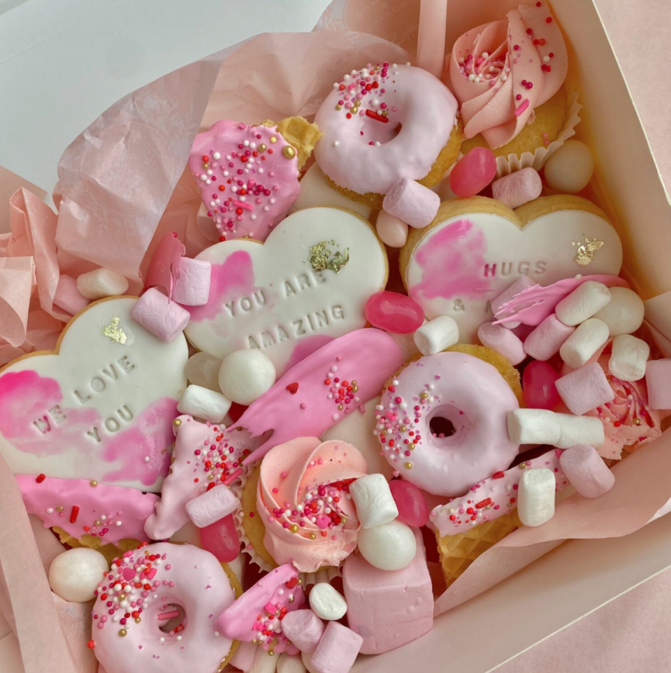 personalised dessert box with cookies, cupcakes and doughnuts