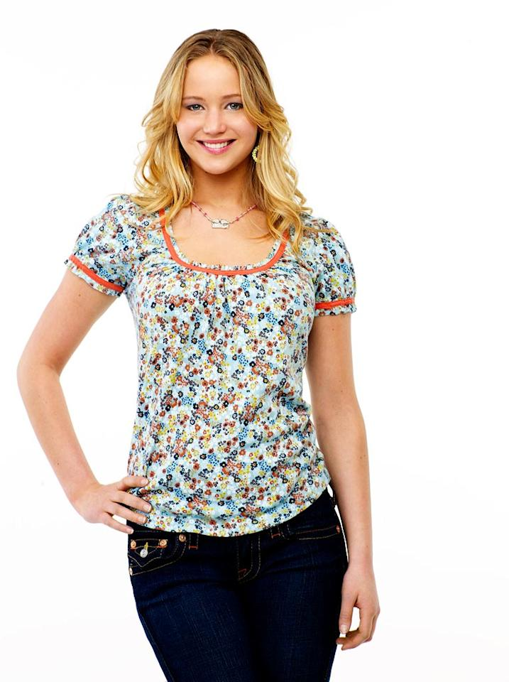 Jennifer Lawrence stars as Lauren Pearson on The Bill Engvall Show.