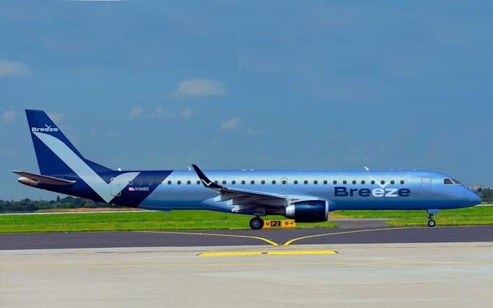 Breeze Embraer E195 Moxy