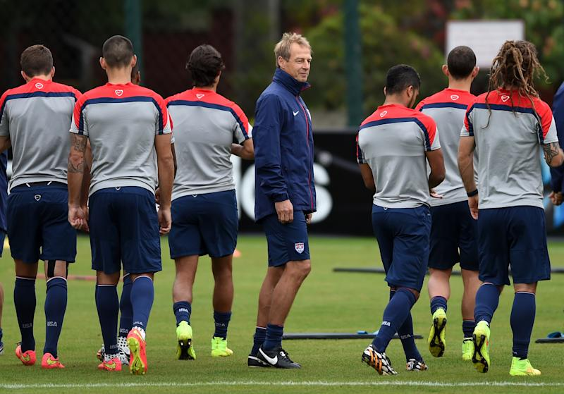USA's German coach Jurgen Klinsmann (C) takes part in a training session in Sao Paulo during the 2014 FIFA World Cup football tournament on June 19, 2014