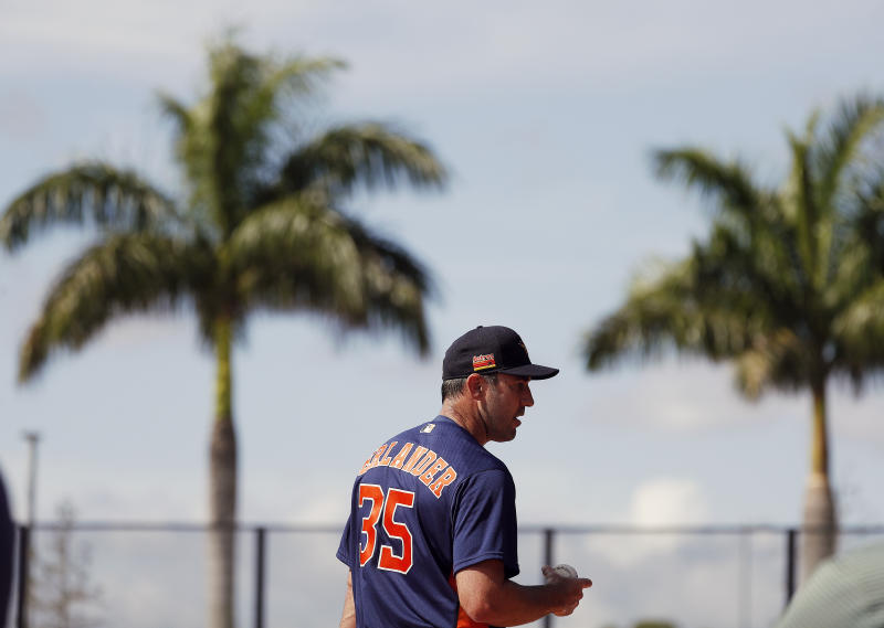Houston Astros pitcher Justin Verlander (35) watches before throwing during spring training baseball practice, Tuesday, Feb. 18, 2020 in West Palm Beach, Fla. (Karen Warren/Houston Chronicle via AP)