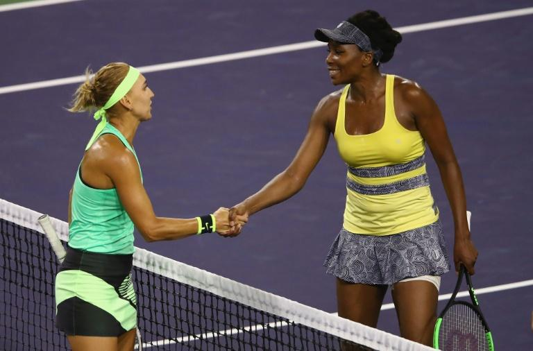 Venus falls in 3-setter at Indian Wells