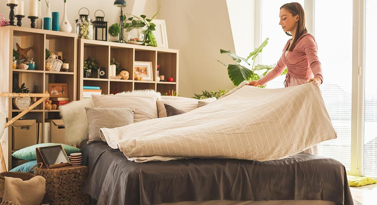 Clean your mattress with Aldi's affordable UV gadget.  (Getty Images)