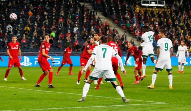 Salzburg let Lokomotiv off the hook in 2-2 draw