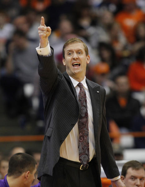 High Point head coach Scott Cherry yells to his players in the second half of an NCAA college basketball game against Syracuse in Syracuse, N.Y., Friday, Dec. 20, 2013. Syracuse won 75-54. (AP Photo/Nick Lisi)