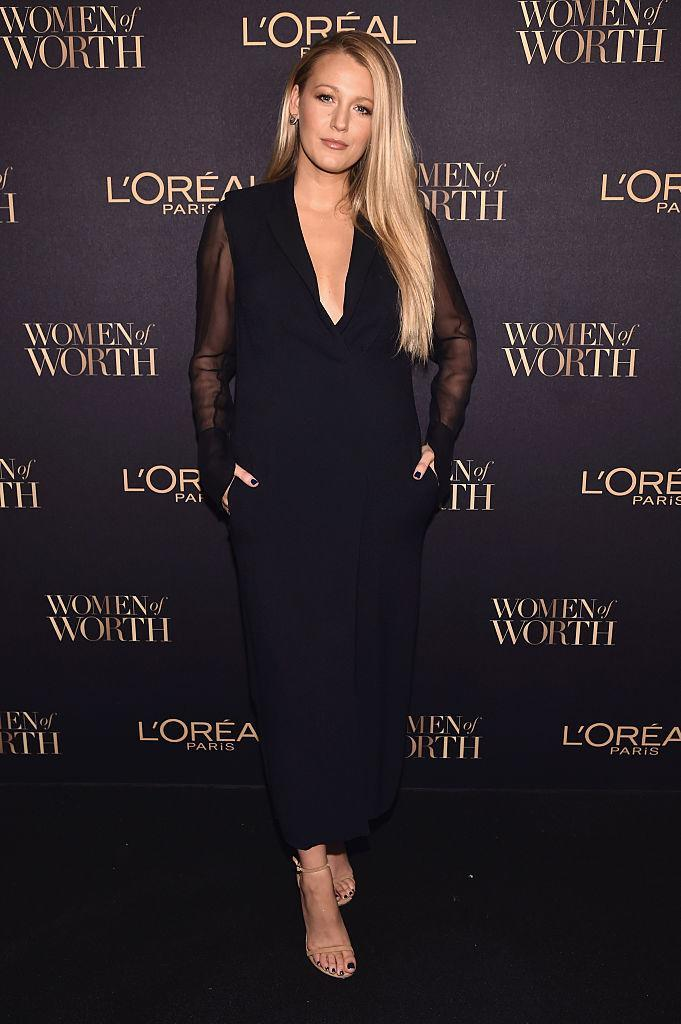 <p>Looking aspirational levels of sassy, Blake poses in all black at the L'Oreal Paris Women of Worth Celebration 2016.<br><i>[Photo: Getty]</i> </p>