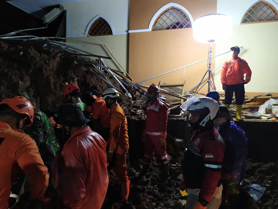 The Indonesian National Search and Rescue Agency during a search and rescue operation after a landslide in Sumedang, West Java. Source: EPA
