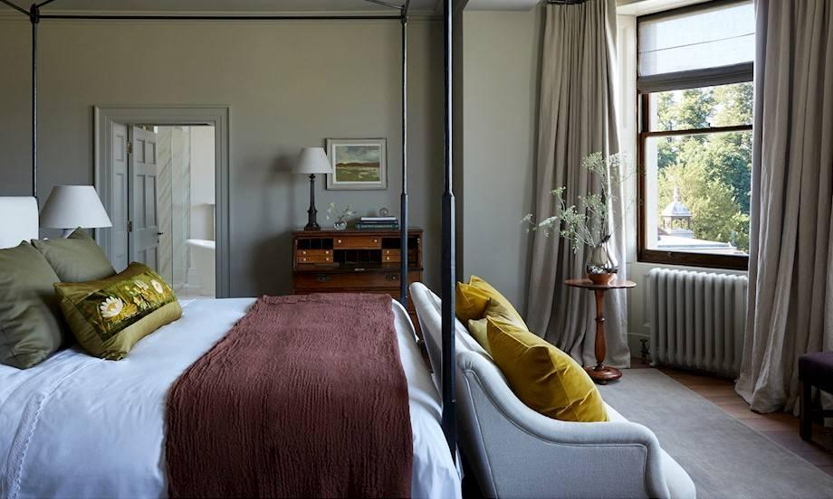 The Duke and Duchess of Sussex's suite reportedly cost £10,000 a night [Photo: Heckfield Place]