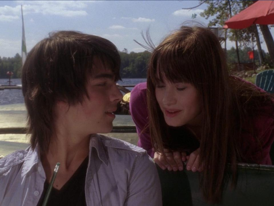 joe jonas and demi lavato as shane and mitchie in camp rock