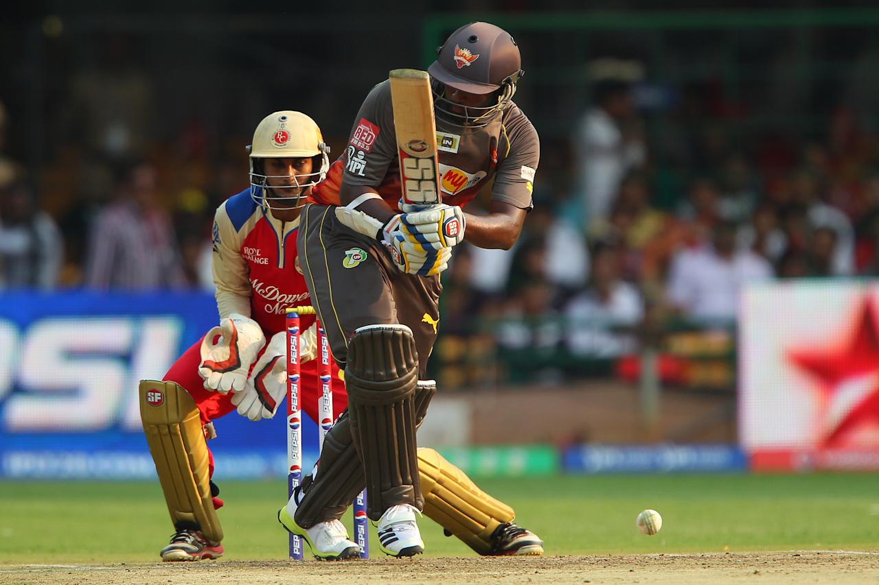 Thisara Perera during match 9 of of the Pepsi Indian Premier League between The Royal Challengers Bangalore and The Sunrisers Hyderabad held at the M. Chinnaswamy Stadium, Bengaluru on the 9th April 2013. (BCCI)