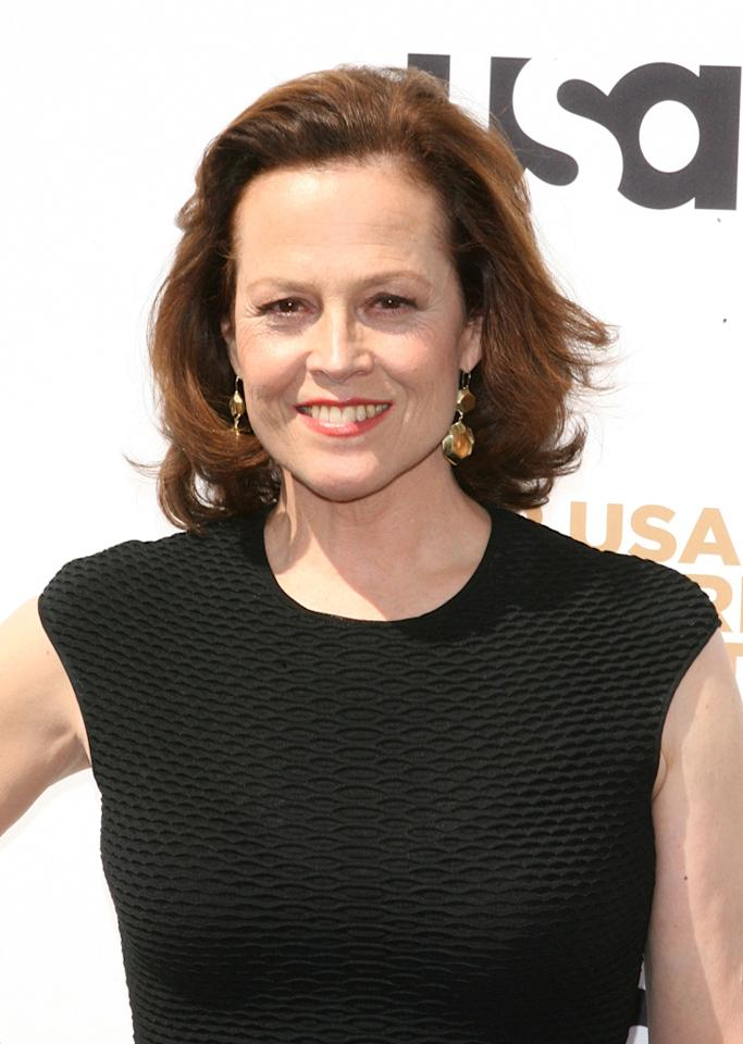 <p><b>Political Animals</b> (Sunday, 7/15 on USA)<br><br> Sigourney Weaver stars as a divorced former first lady who is the current secretary of state, and the drama features a faux reality show format. This six-episode miniseries has tons of potential based on its cast alone, which also includes James Wolk, Dylan Baker, Ellen Burstyn, Carla Gugino, and Adrian Pasdar as the POTUS.</p>