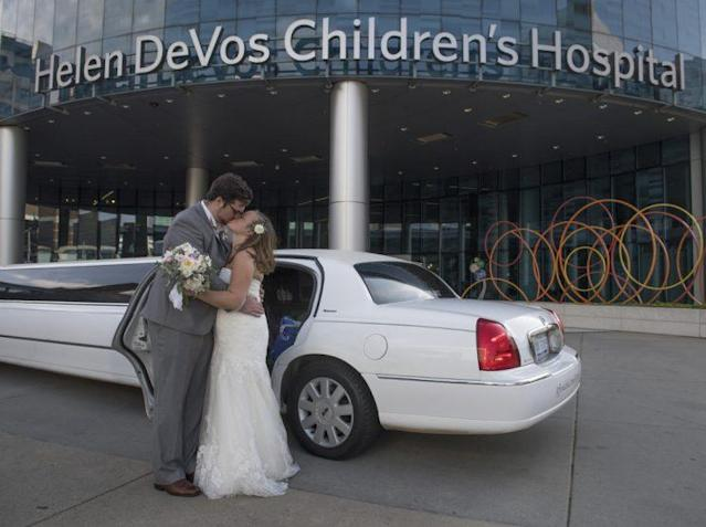 The happy couple outside of the hospital. (Photo: Chris Clark, Spectrum Health Beat)
