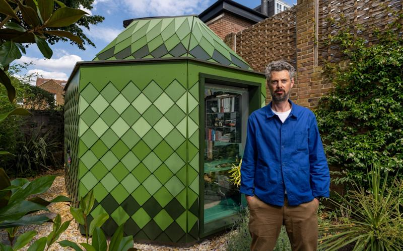 Architect Ben Allen with the garden building he designed for his brother - Andrew Crowley