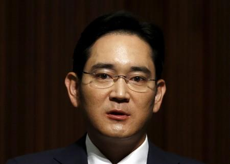 FILE PHOTO: Samsung Electronics Vice Chairman Jay Y. Lee speaks at the company's headquarters in Seoul