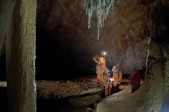 Astronauts Emerge from Cave After Underground Spaceflight Training