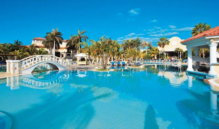 Sunwing Will Offer Exclusive Family Adults Only And Group