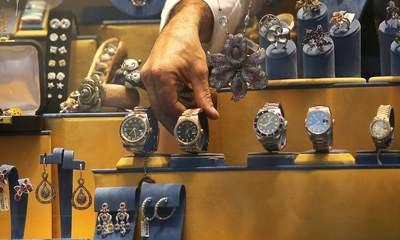 Apollo Swoops On Jewellery Giant