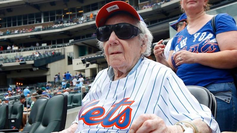 Mets fan Rudal Ahlen went to first game at 101 years old. (@NewsdaySports)