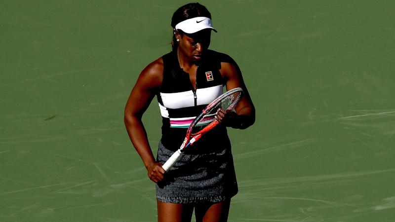 Stephens' struggles continue as Halep, Pliskova reach last 16